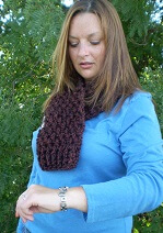 Download Crocheted 2.5 Hour Cowl