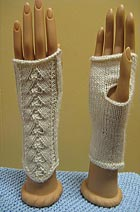 Download DK Fingerless Mitts